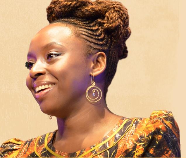 Chimamanda Ngozi (Reprodução/chimamanda.com)